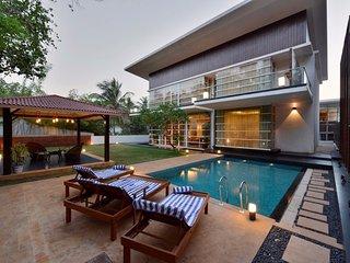 Seis Villa - Exquisite and Luxurious 4 bedroom Villa in Arpora - Arpora vacation rentals