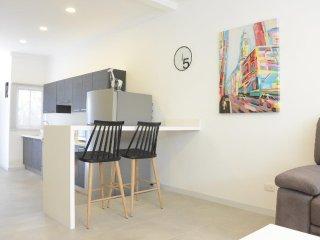 Perfect Condo with Housekeeping Included and Television - San Rafael de Escazu vacation rentals