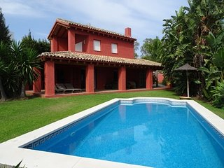 Lovely Villa with A/C and Garage - Cancelada vacation rentals