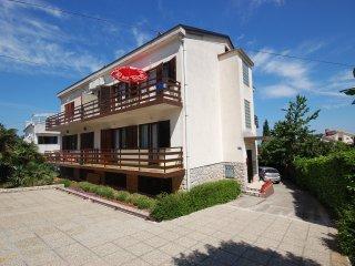 Beautiful 1 bedroom Condo in Njivice - Njivice vacation rentals