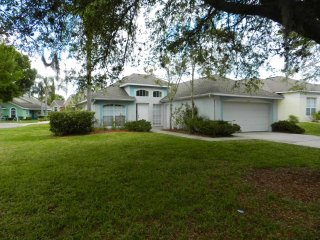 Southern Dunes 3/2 Pool Home property, fully furnished, with full kitchen, and all linens and towels. - Haines City vacation rentals