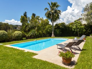 Charming 4 bedroom House in Mougins with Internet Access - Mougins vacation rentals