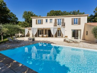Comfortable Bastide in Luberon - Chateauneuf-de-Gadagne vacation rentals