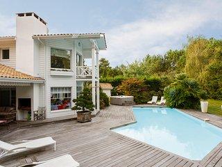 Lovely villa at the foot of putting greens - Gujan-Mestras vacation rentals