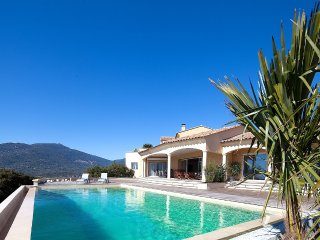 Sea view with an infinity pool - Propriano vacation rentals