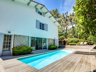 Grande et belle villa avec piscine - Lege-Cap-Ferret vacation rentals