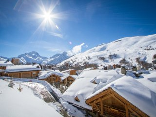 Lovely Chalet with Internet Access and Washing Machine - Mont-de-Lans vacation rentals