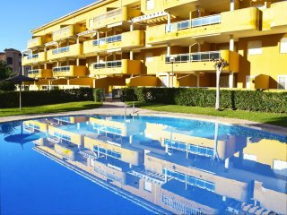 Ground floor apartment with large terrace in Denia - Denia vacation rentals