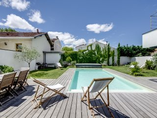 Fantastic architect-designed house with a pool - Merignac vacation rentals