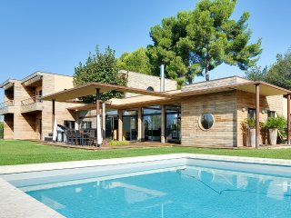 Nice House with Internet Access and Television - Aix-en-Provence vacation rentals