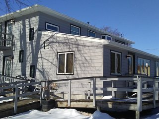 4 bedroom House with Deck in Neenah - Neenah vacation rentals