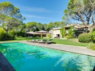 Fantastic villa, full of character, near Valescure - Saint Raphaël vacation rentals