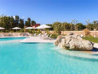 692 Two-bedroom Apartment Near Otranto - Alimini vacation rentals