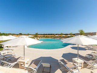693 House with Pool near the Sea - Alimini vacation rentals