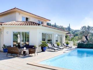 Villa moderne dans domaine privé avec marina - Porto-Vecchio vacation rentals