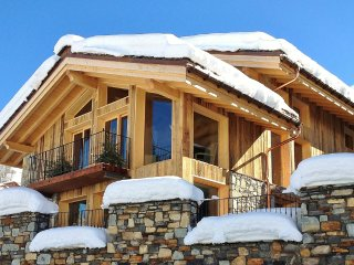 Magnificent Chalet with Premium Services - Saint-Martin-de-Belleville vacation rentals