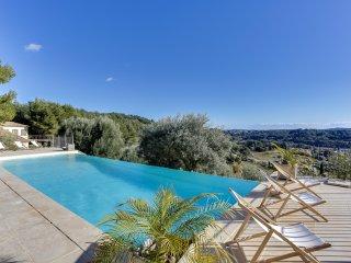 Belle villa provençale, vue panoramique - Sanary-sur-Mer vacation rentals