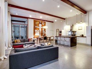 Superbe loft contemporain Quartier des Chartrons - Bordeaux vacation rentals