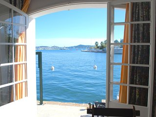Nice Condo with Balcony and Water Views - Port Grimaud vacation rentals
