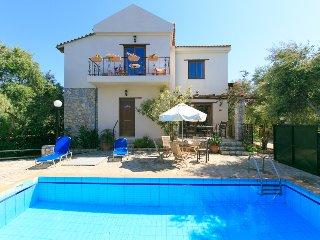Nice Villa with Internet Access and A/C - Tavronitis vacation rentals