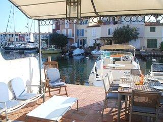 Perfect 2 bedroom Villa in Port Grimaud with Internet Access - Port Grimaud vacation rentals