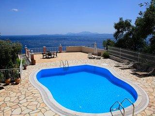 Bright 4 bedroom Villa in Nissaki - Nissaki vacation rentals