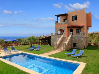Nice 4 bedroom Villa in Fragkokastello - Fragkokastello vacation rentals