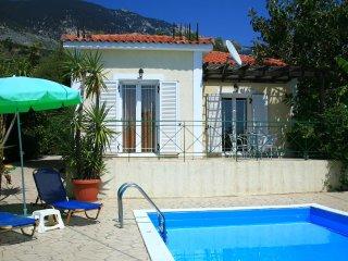 Bright 1 bedroom Villa in Vlachata - Vlachata vacation rentals