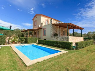 Wonderful Villa with Internet Access and A/C - Kalyves vacation rentals
