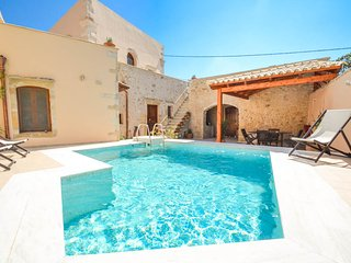 Nice 4 bedroom Villa in Kastellos - Kastellos vacation rentals