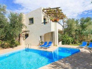 Cozy 3 bedroom Villa in Chania, Agii Apostoli, Nea Kidonia - Chania, Agii Apostoli, Nea Kidonia vacation rentals