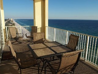 New! Platinum Level Gulf Front Corner Unit. Free Beach Service and Free Wifi. - Panama City Beach vacation rentals