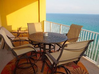 Stay in Tropic Winds 1705! 2 Bedroom, Free Beach Service! Highly Rated! Nice! - Panama City Beach vacation rentals