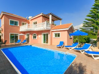 Nice Villa with Internet Access and A/C - Coral Bay vacation rentals