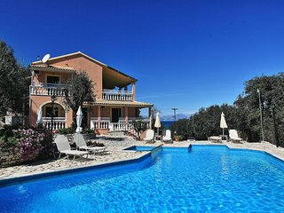 Perfect 8 bedroom Villa in Kassiopi - Kassiopi vacation rentals