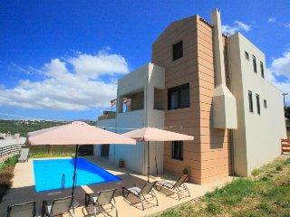 Beautiful 4 bedroom Villa in Gerani - Gerani vacation rentals