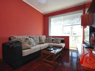 Cozy 3 bedroom Apartment in O Pindo with Television - O Pindo vacation rentals