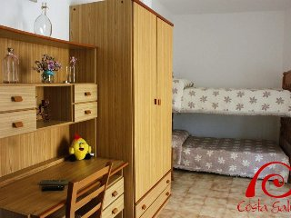 Cozy 3 bedroom Apartment in Muros - Muros vacation rentals