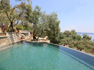 Bright 6 bedroom Villa in Kalami - Kalami vacation rentals