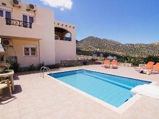 Perfect 3 bedroom Villa in Milopotamos - Milopotamos vacation rentals
