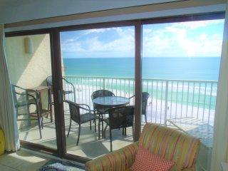 *Beach House 604B*ON the beach! - Destin vacation rentals
