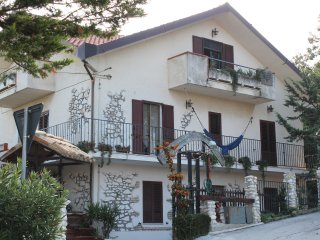 11 bedroom Condo with Internet Access in Miglianico - Miglianico vacation rentals