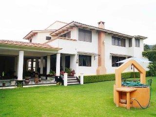 Increible Casa Con Gran Jardin - San Cristobal de las Casas vacation rentals