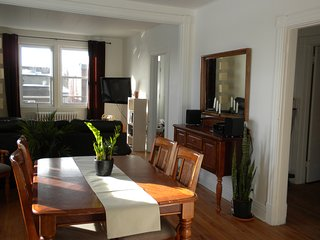 4 bedroom Condo with Internet Access in Trois-Rivieres - Trois-Rivieres vacation rentals