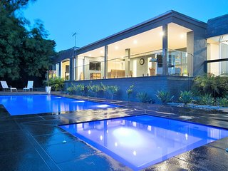 Luxurious Entertaining Holiday House At Its Very Best - Frankston vacation rentals