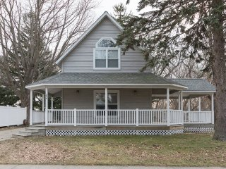 234 Park Avenue - Just two blocks from the beach! - South Haven vacation rentals