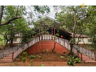 Parsi Manor - Heritage villa in Matheran - Matheran vacation rentals