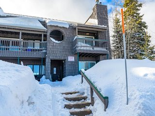 Cedar Village close to the lifts - Brian Head vacation rentals