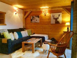 Apartment Midi Romand, a luxury alpine retreat. - Essert-Romand vacation rentals