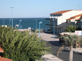 vos vacances en Mediterranée à 150 m de la plage. - Sainte-Marie-la-Mer vacation rentals